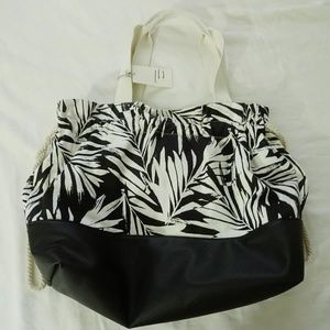 A New Day NWT Black & White Canvas Tote